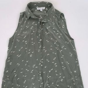 Amour Vert Green Sleeveless Blouse M Bird Pattern